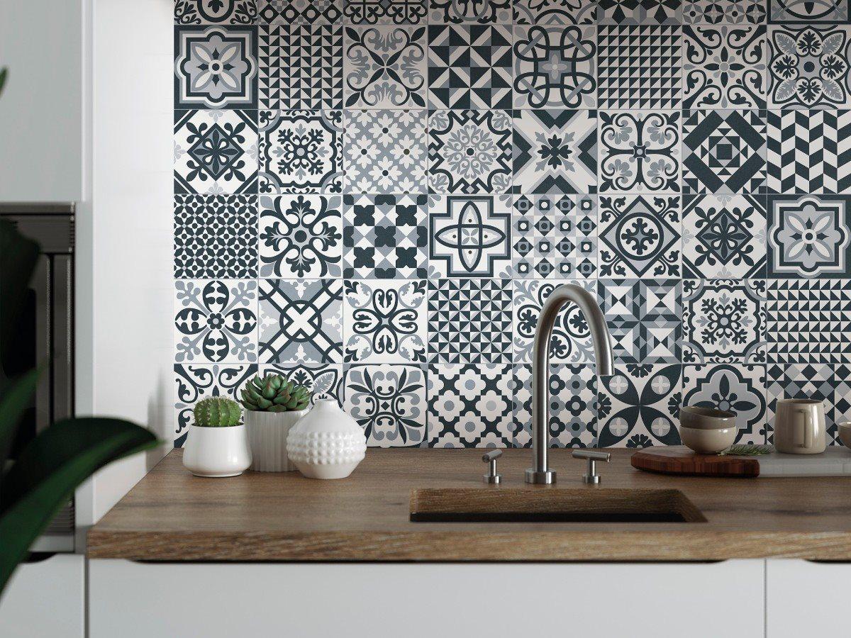 ceramique-motifs-heritage-cuisine-noir